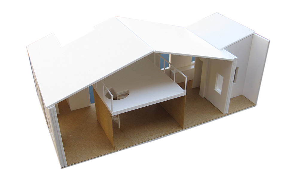 Hugo_Mompo-House_in_Carmen-Model